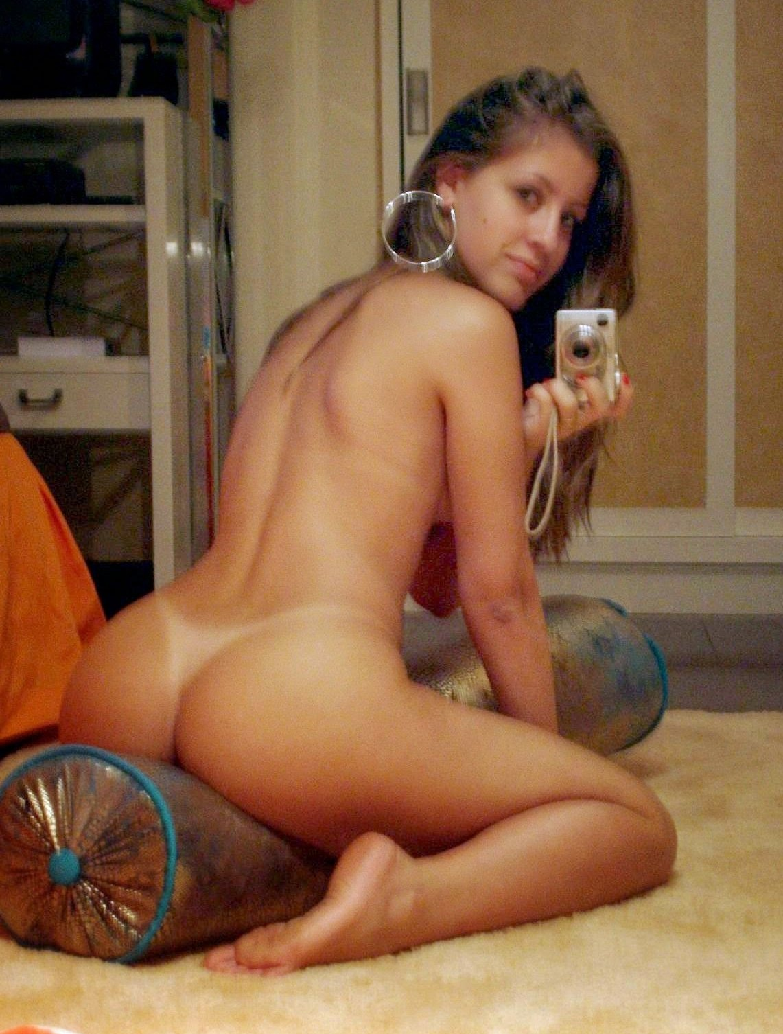Big naked butts twerking #1