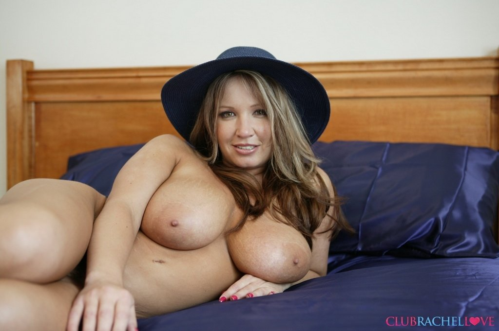 amature naked milf pics there