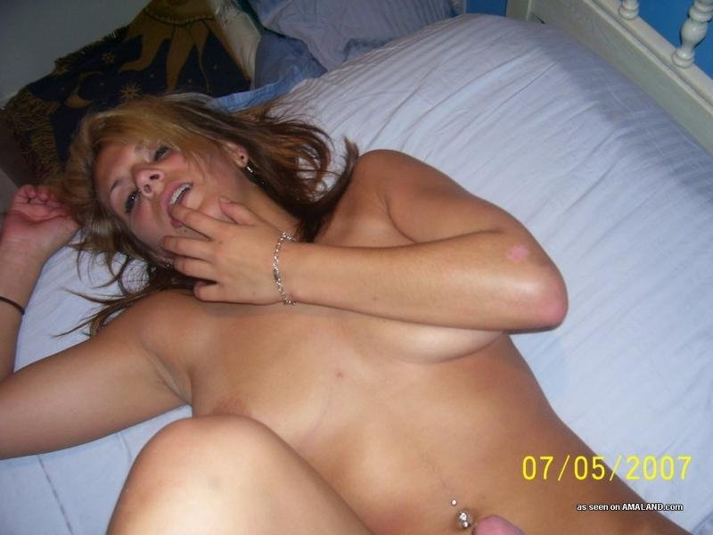sexy young women sex there
