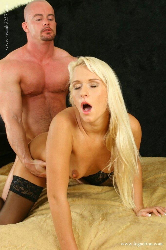Family arde Son wiht mom anal sex