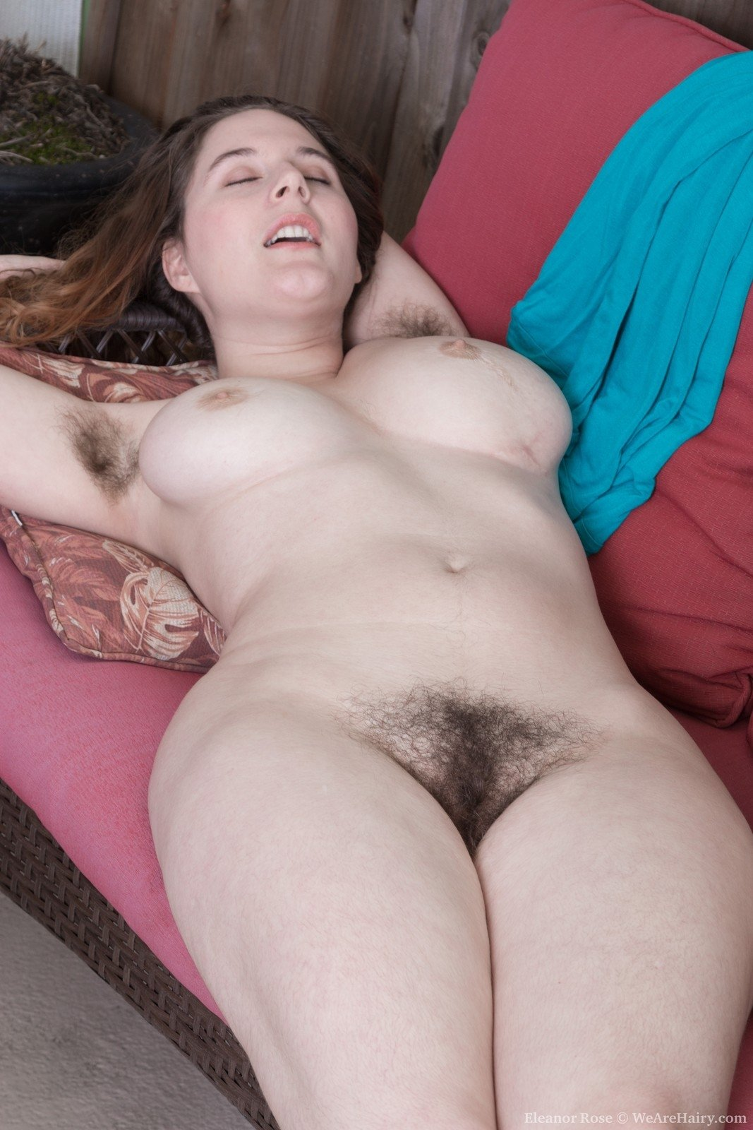 Naked picture of my neighbor wife