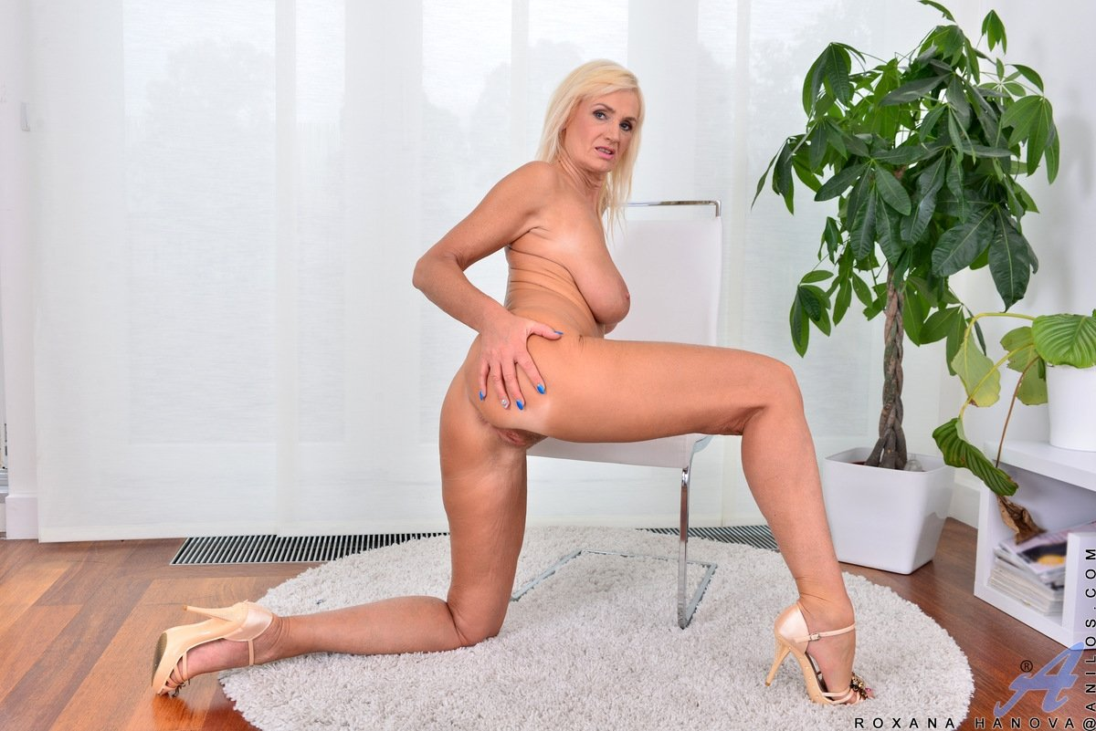 Blonde forced sex porn Mom son daughters jerk off family