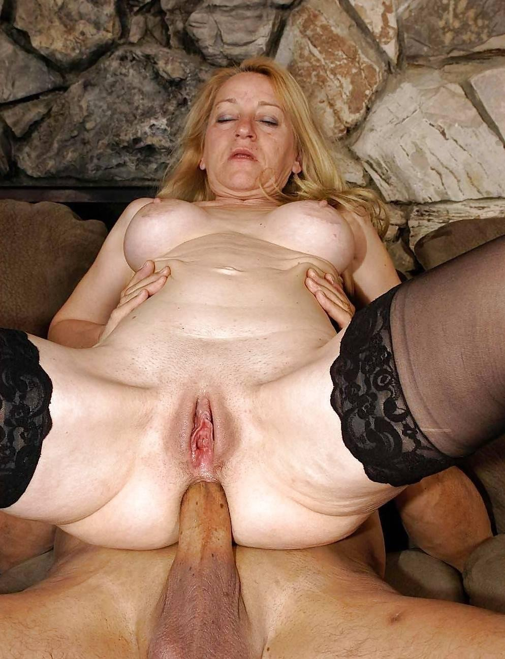 Big Mature Women Tube