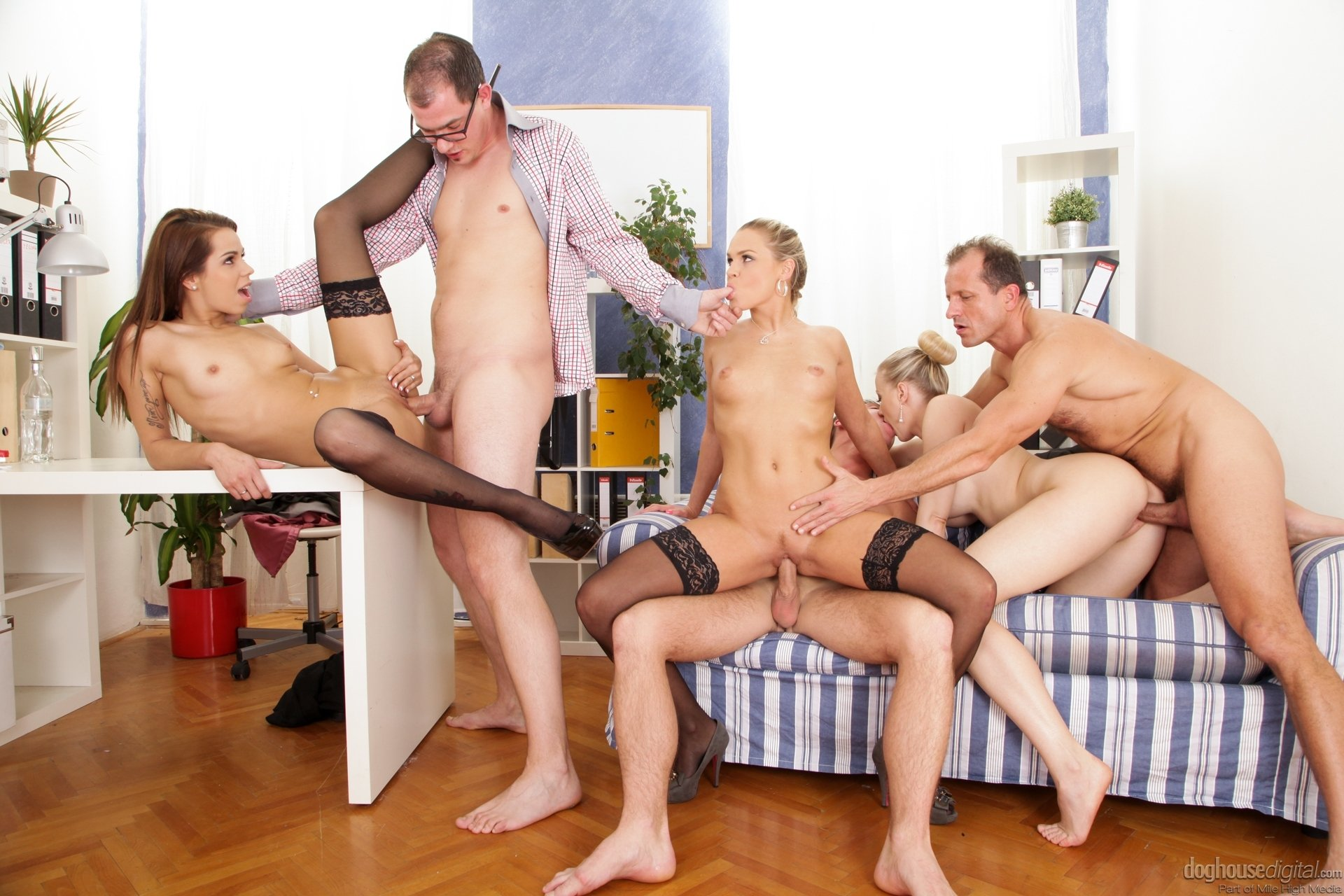 family-group-sex-anal