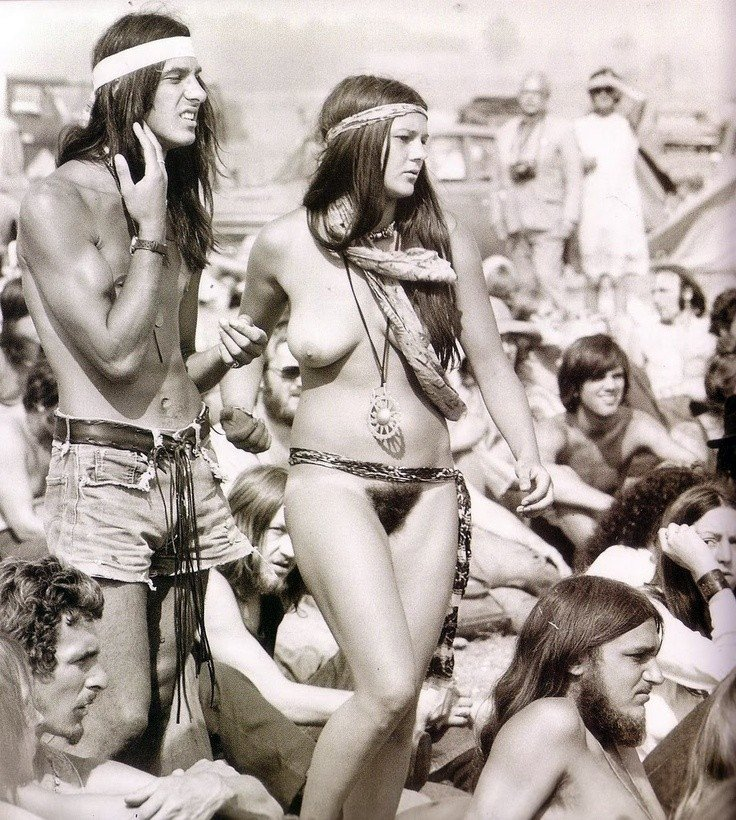 photography-nude-females-hippies