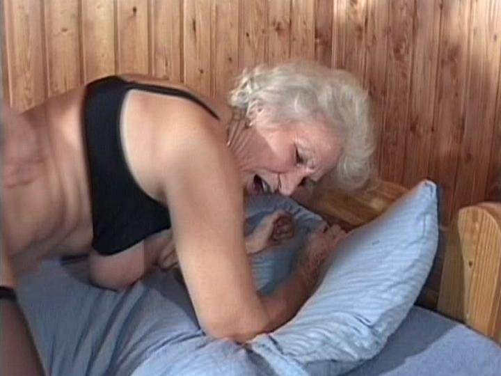 hot mature milf naked