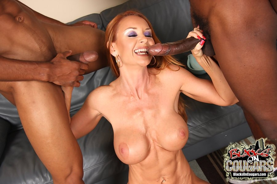 Cockold eating husband pussy amature young wife