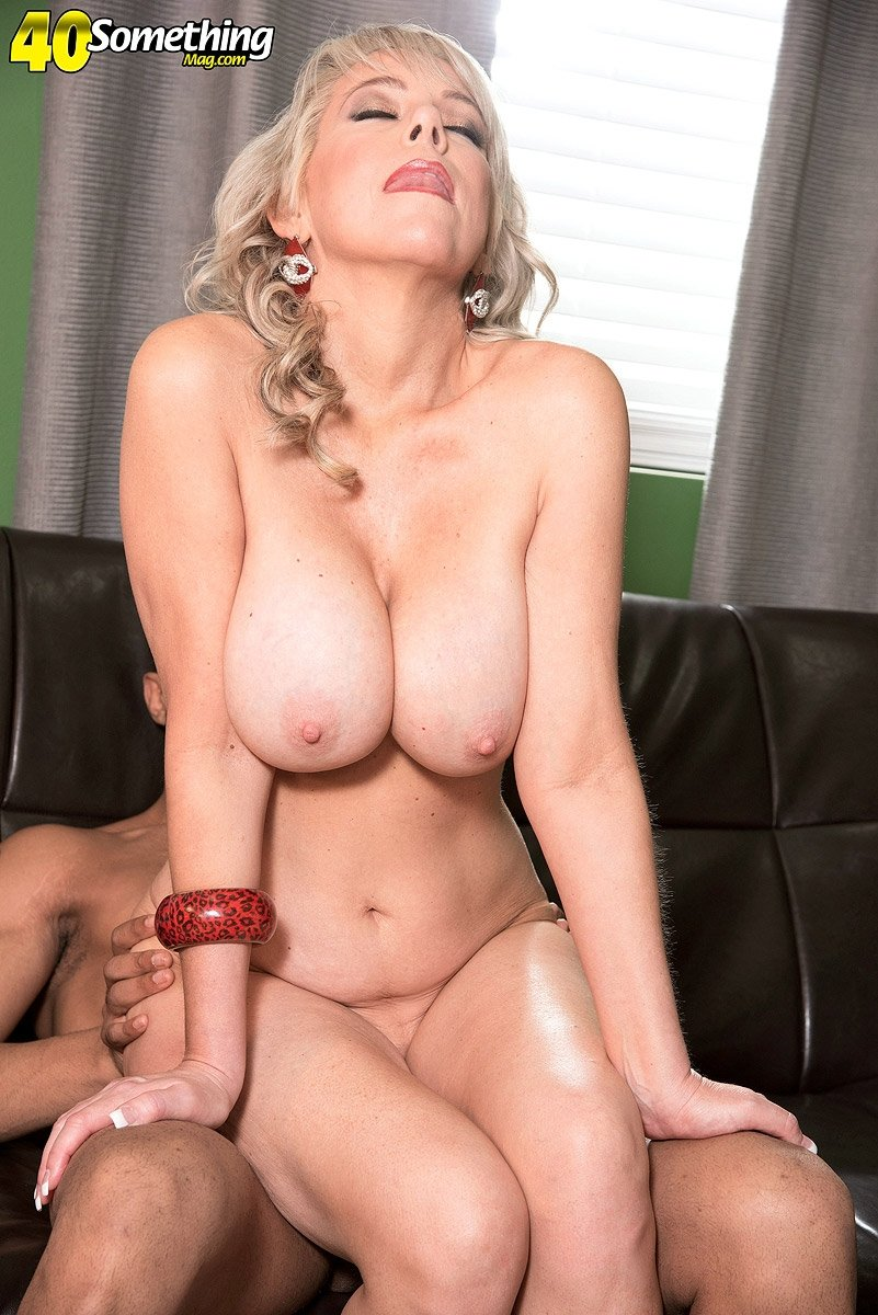 Mature wife loves anal #16