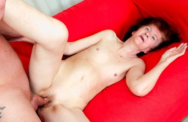 Milf solo camping fingering