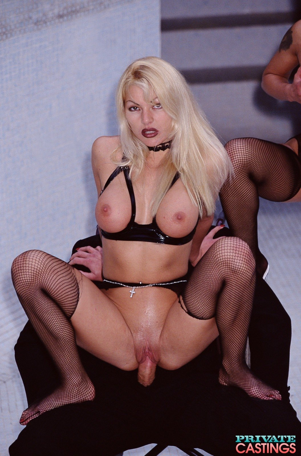 Captivating blonde bitch Venus in sexy lingerie likes to masturbate there