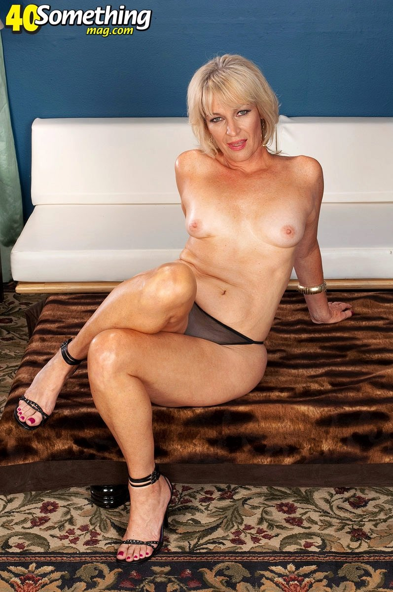 Sexy mature milf photos #16