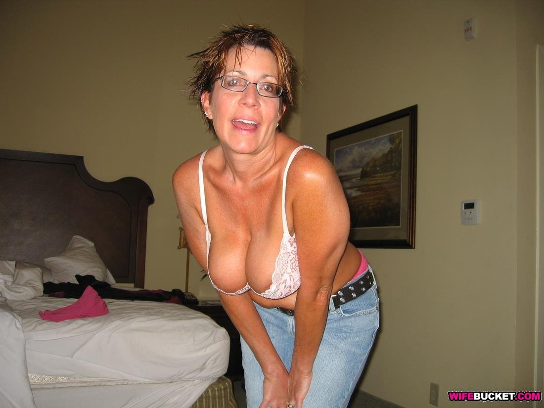 house wife sexy vedio