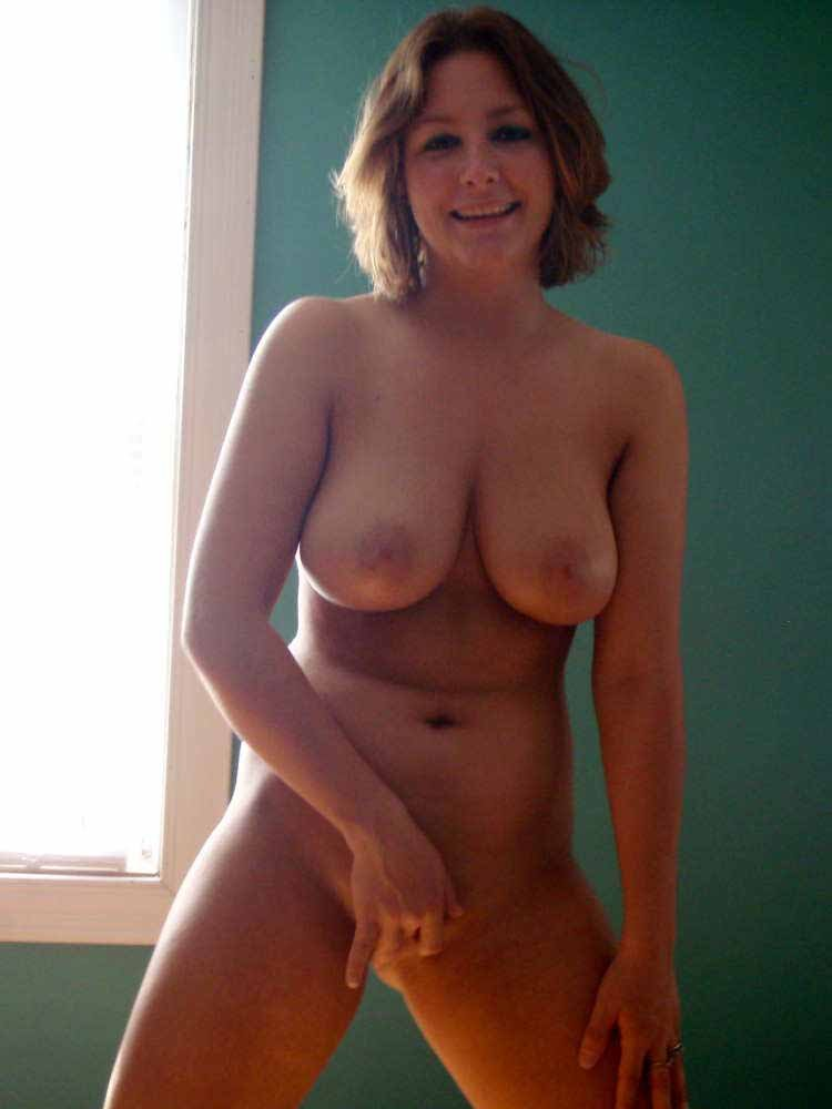 sexy young blonde nude