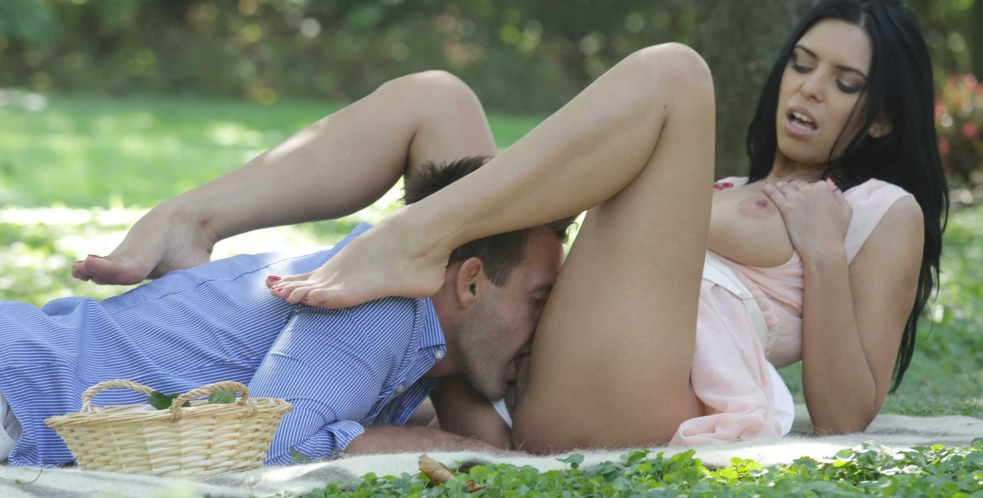 Jessica roberts webcams xxx White wife impregnated by black lover