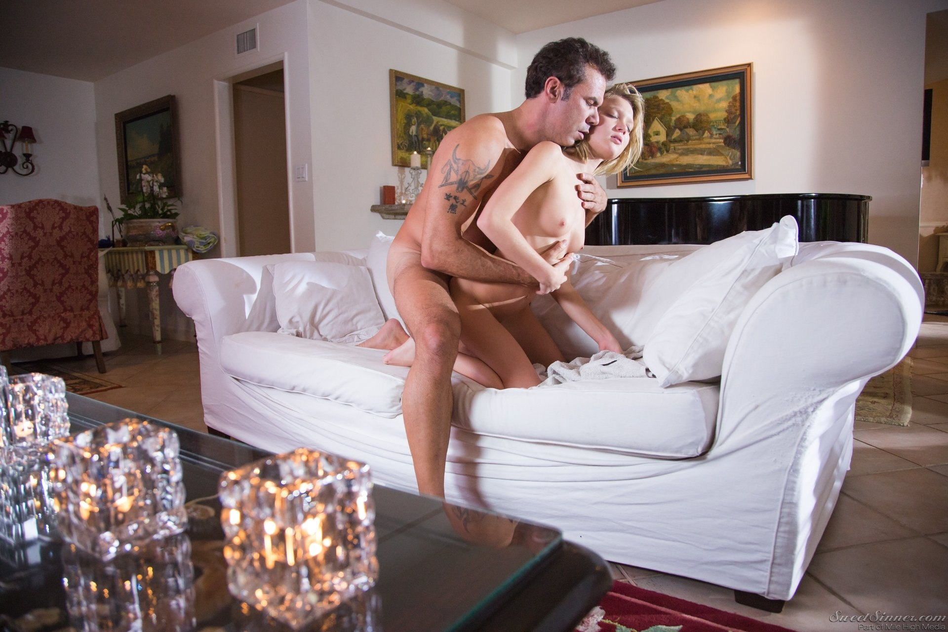 free mature hardcore movies college girls having sex for the first time