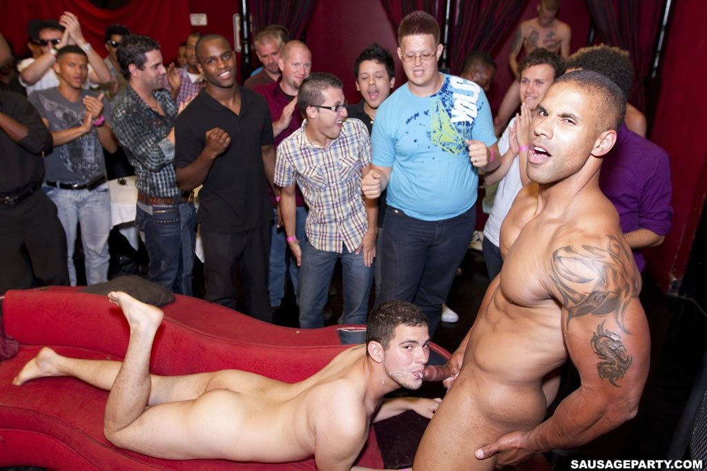 A hot white muscular guy stripping dance