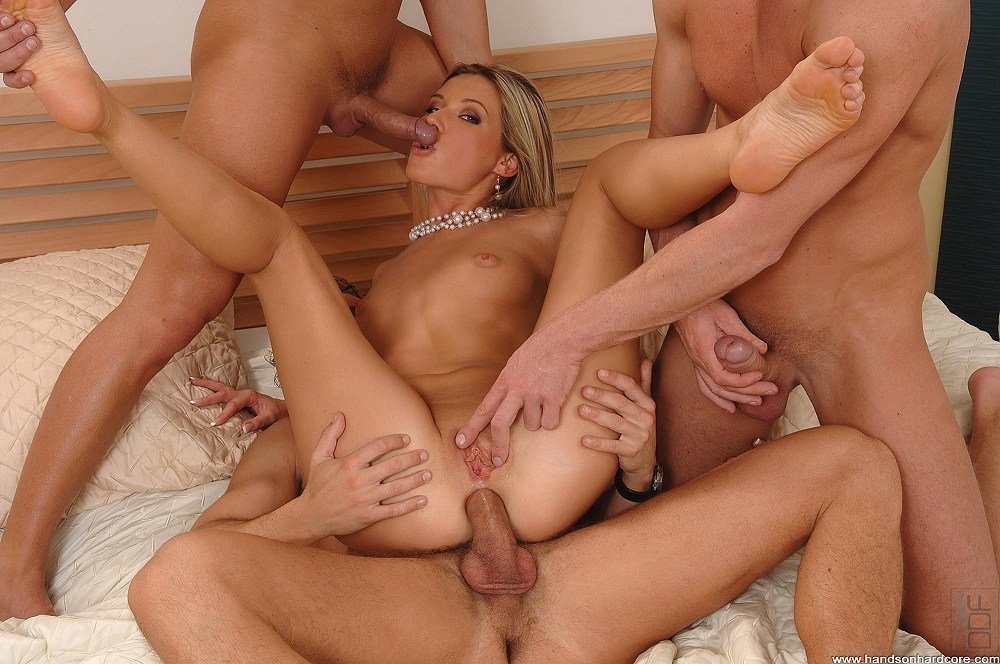 Kelly madison keeps warm by fucking herself fireside Mum cheated dad tiny tyler creampie