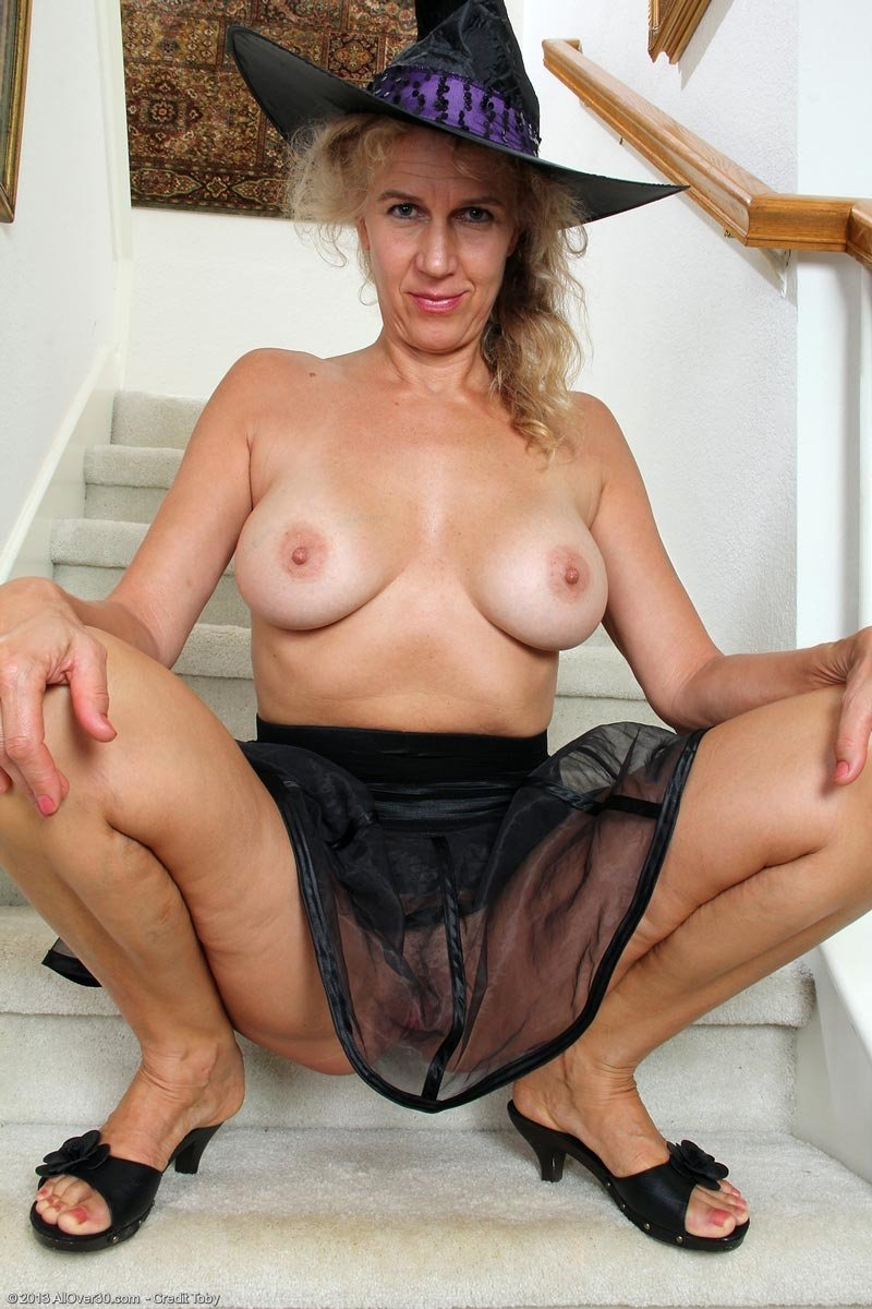 red tube mature wife