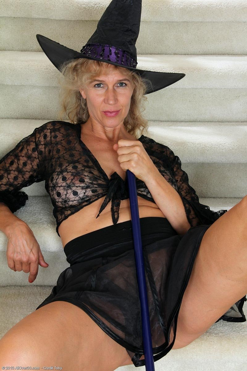 hot chubby mature women there