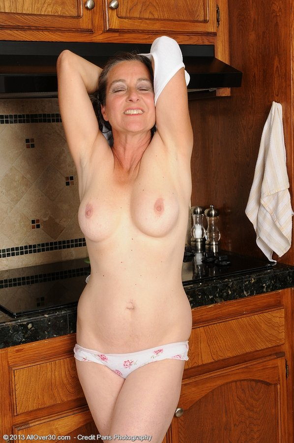 naked mom porn pictures