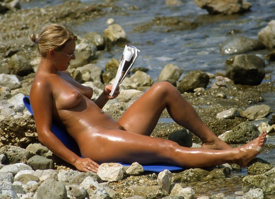 tanned-girls-pics-real-nude-superstars