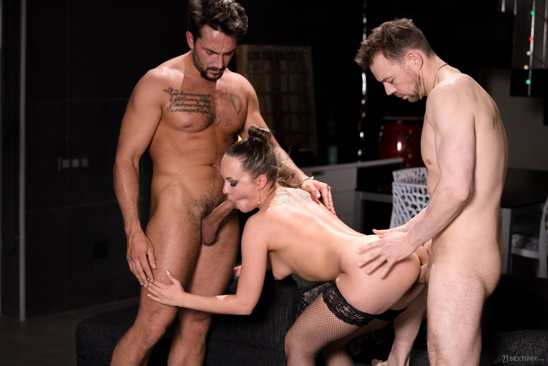 Bubly asses wife