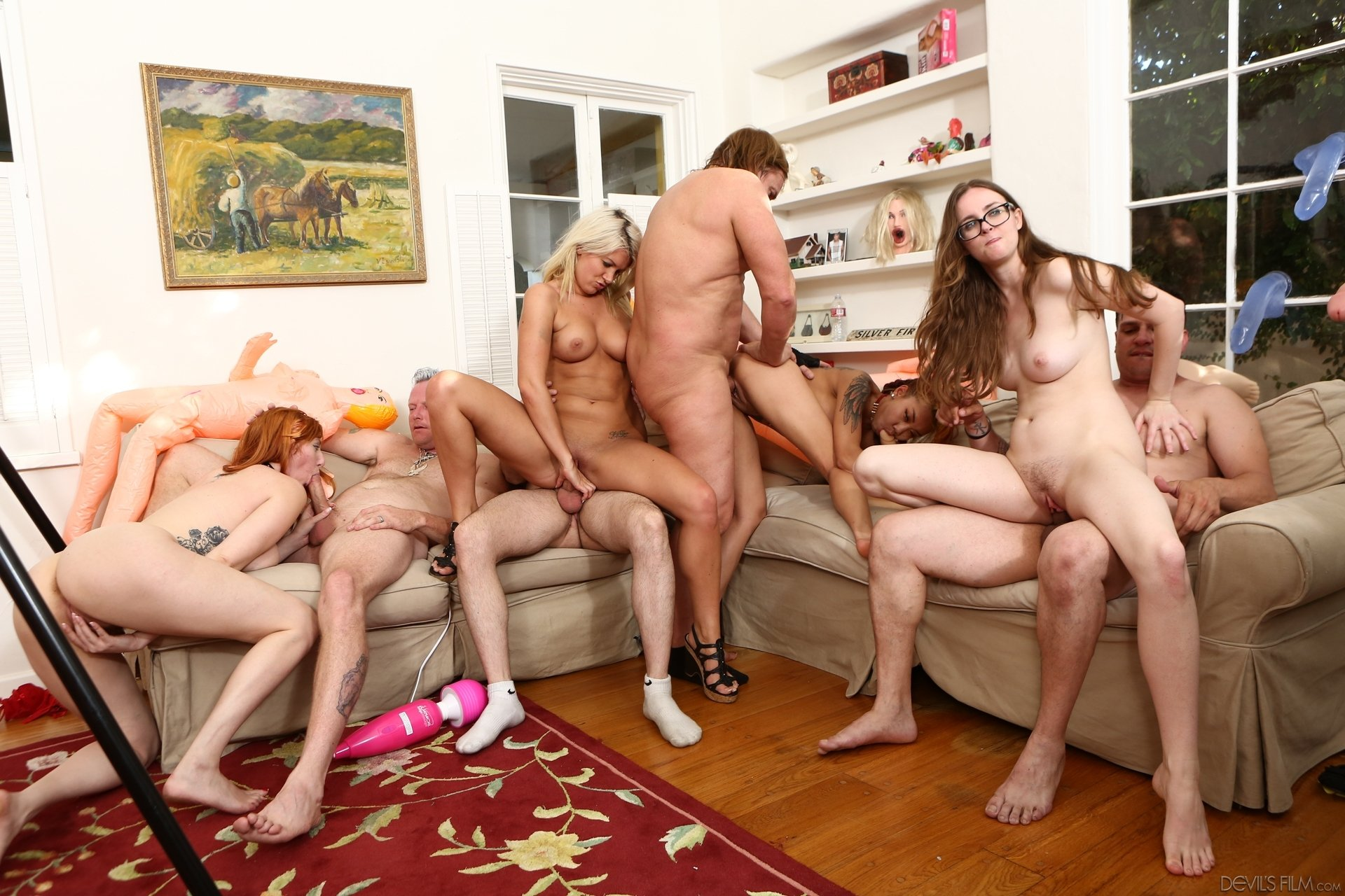 Mature lesbian group tube My wife and a old man threesome