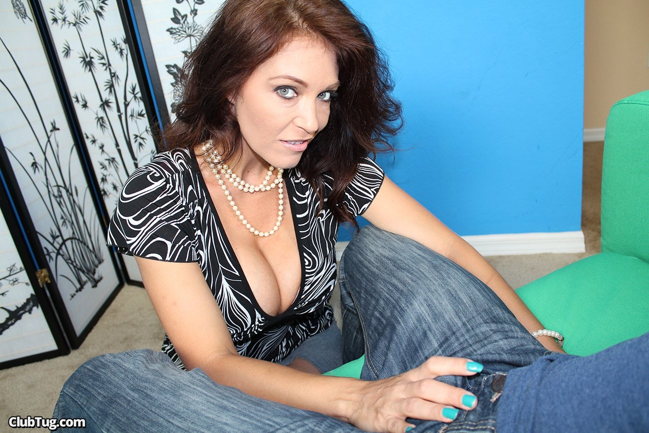 best of British milf Devon Breeze plays with her fabulous fanny