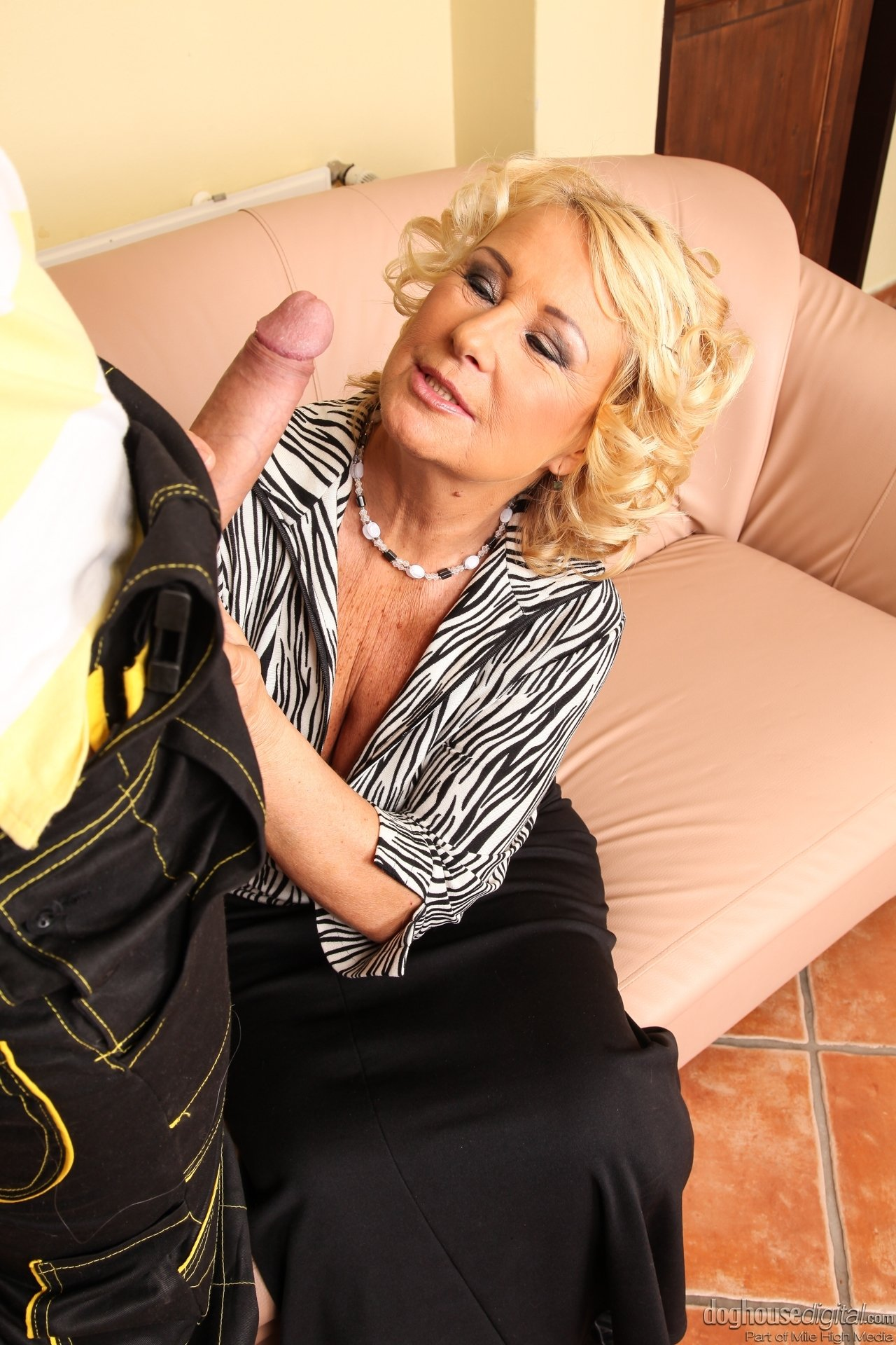 veronica hart hardcore mature and young les