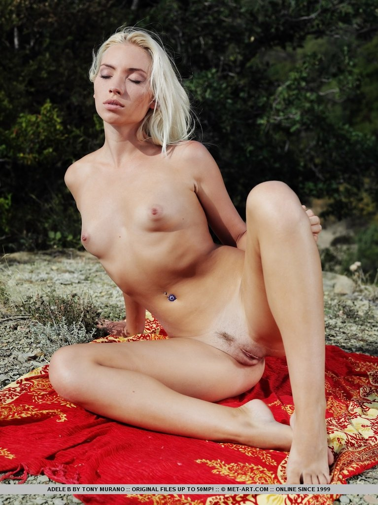 Nazil    reccomended 0 year old naked moms