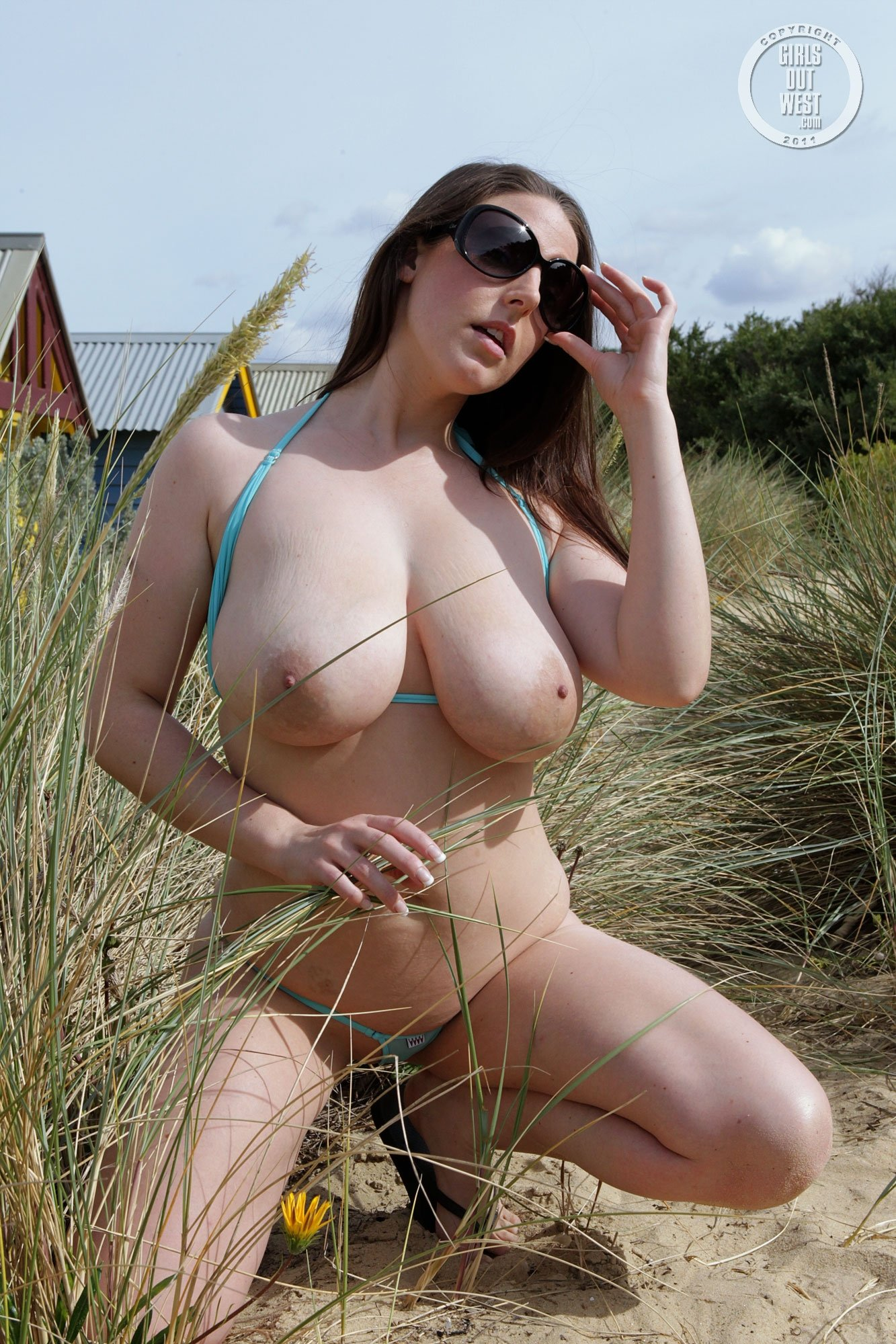 public sexy nude there