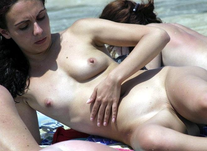 beach nude porn videos