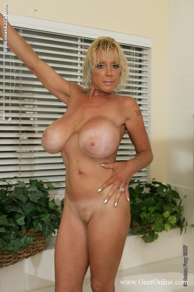 hair short big Mature tits