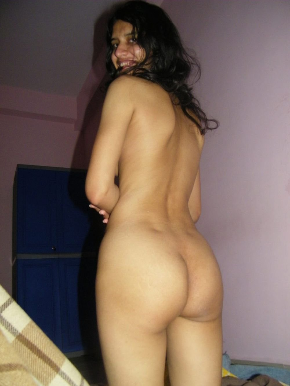 Desi girls bare butts pics indian porn xxx collection