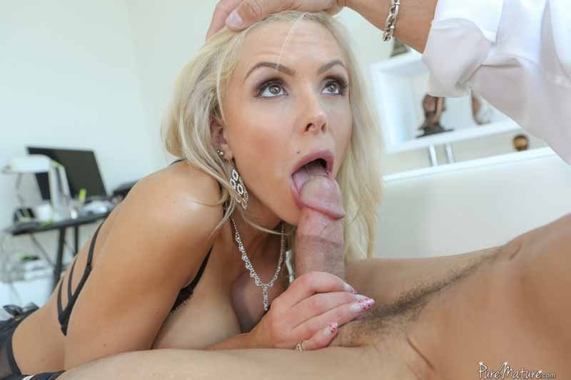 Japan girl porn xxx Spit cum into husbands mouth humiliation cuckold young women porn pictures
