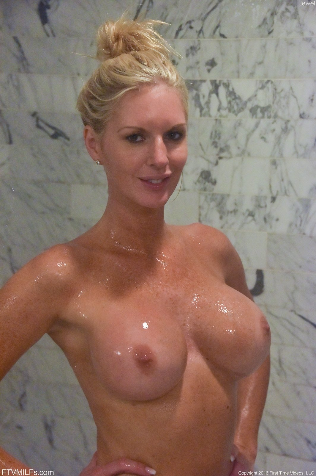 big boobs mom redtube there