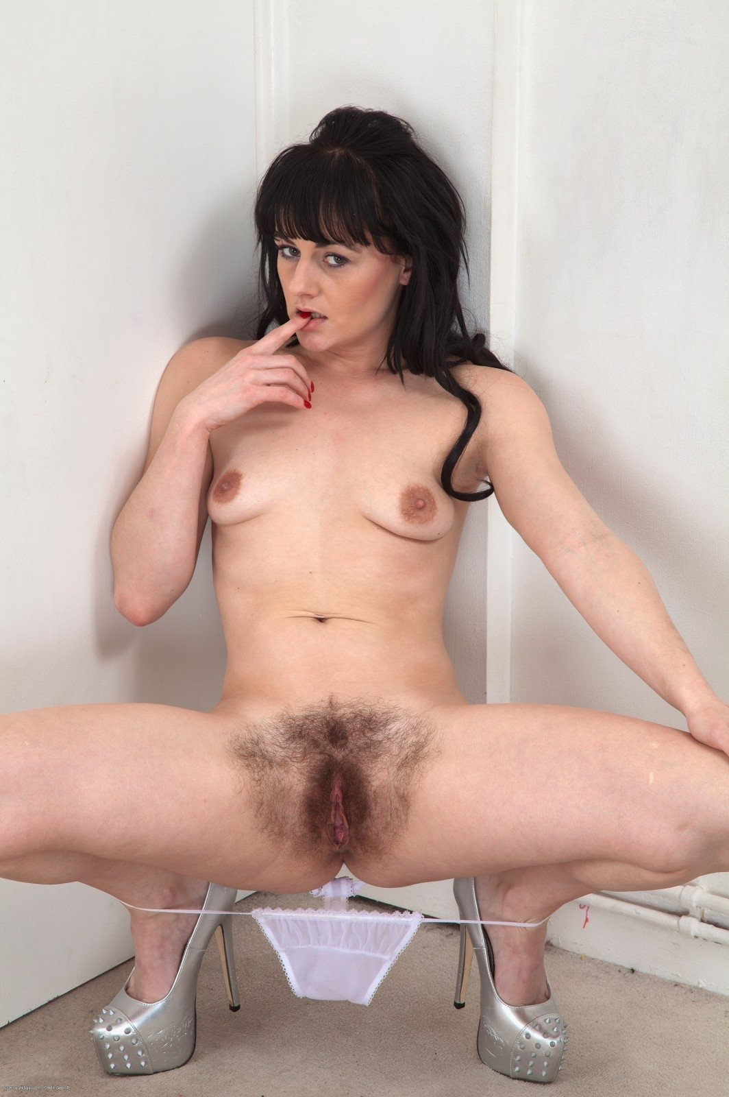 hairy busty anal