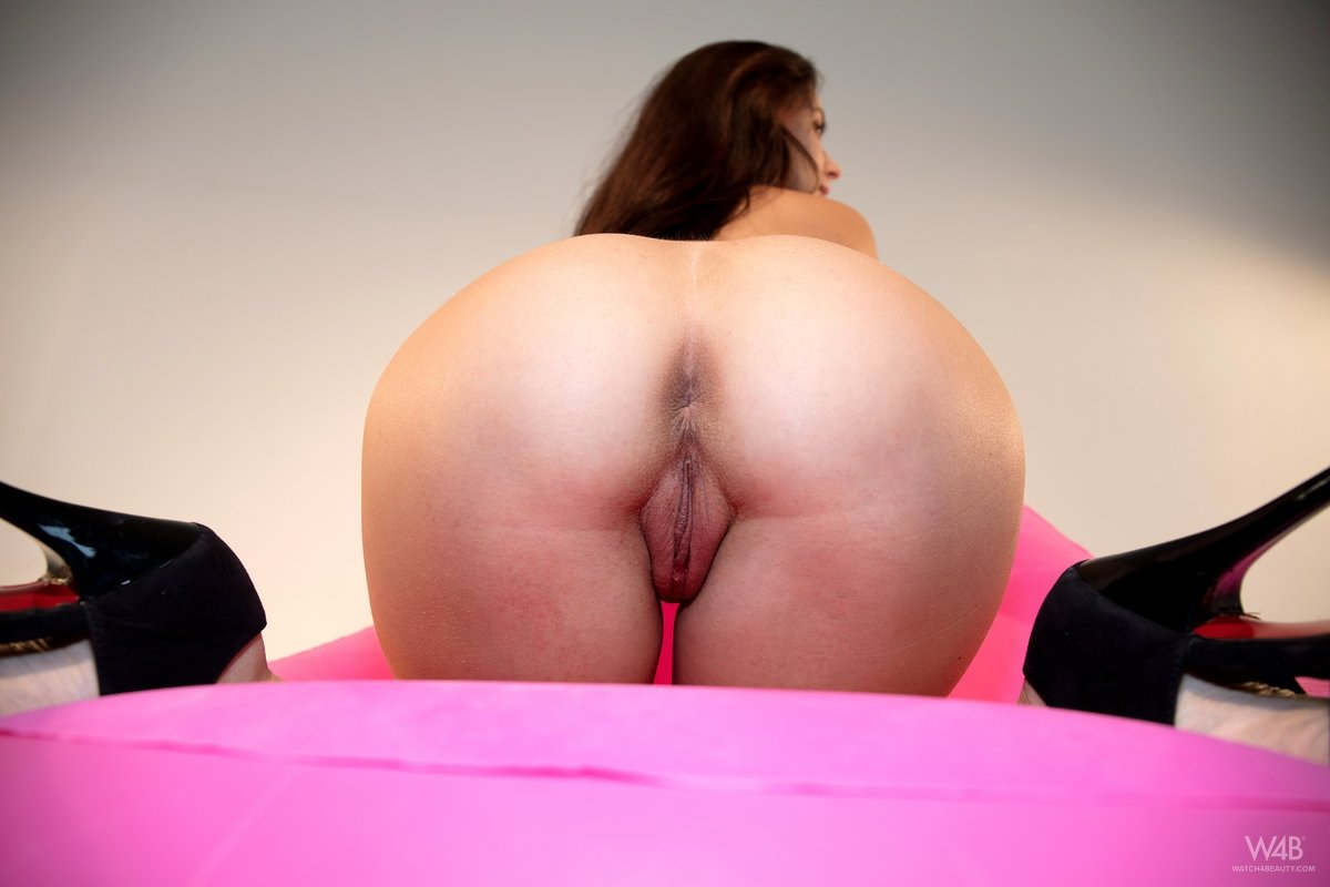 Naked ass cam Free double penatration sex movies