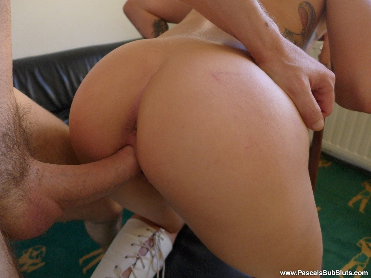 wetting her panties download porn share a bed