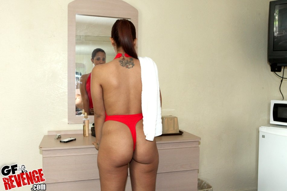 Shorthaired wife dp