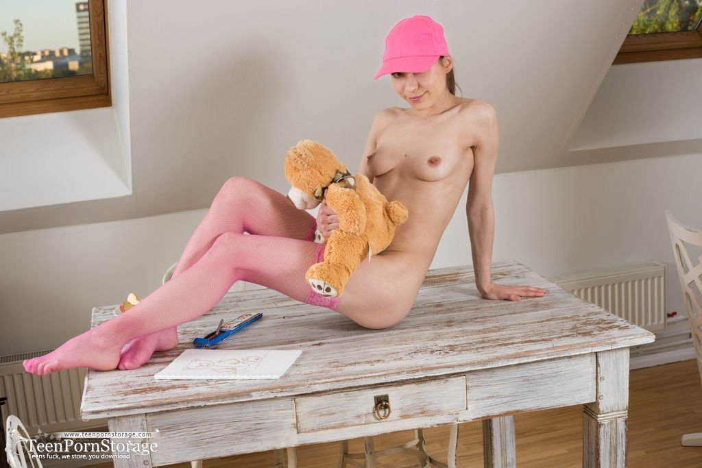 Nude in drug house Amateur neighbour fucking
