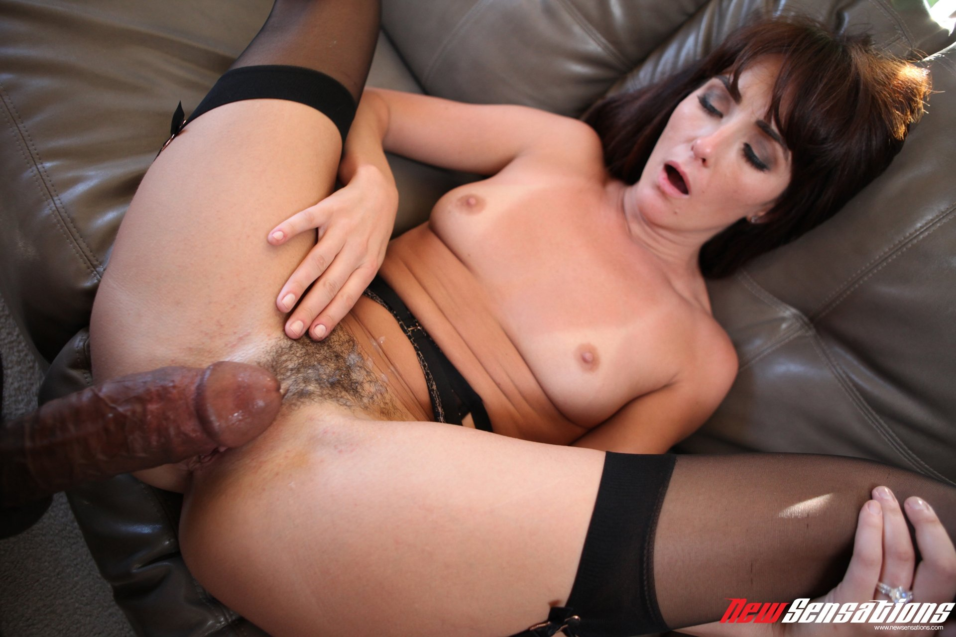 Cock leaves pussy gaping