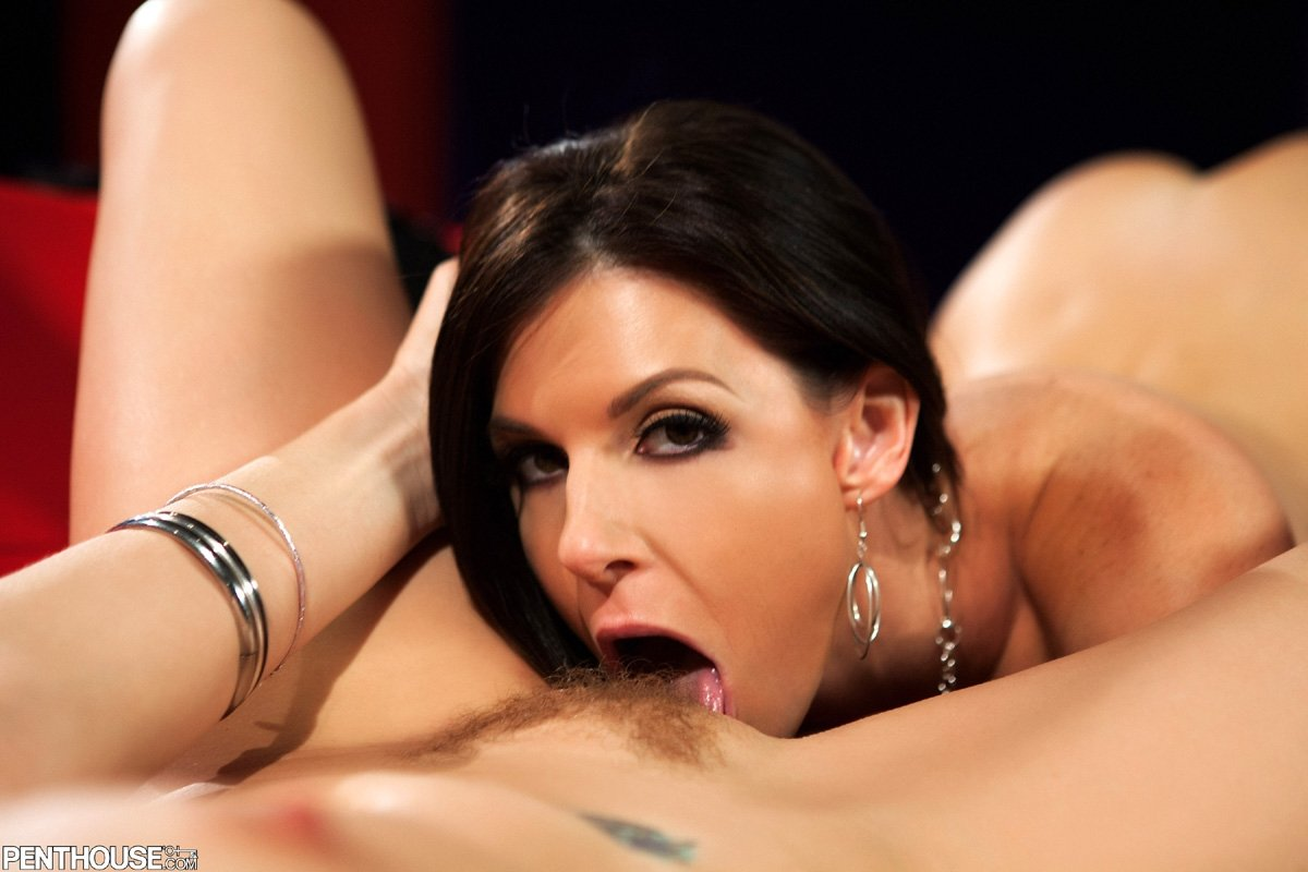 Unsatisfied mom fucked son when homealone4