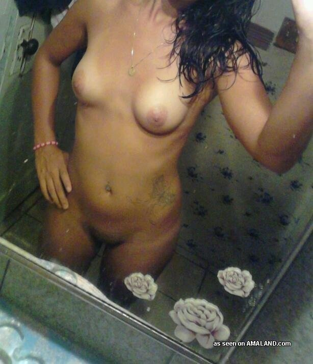 cheating wife naked pics