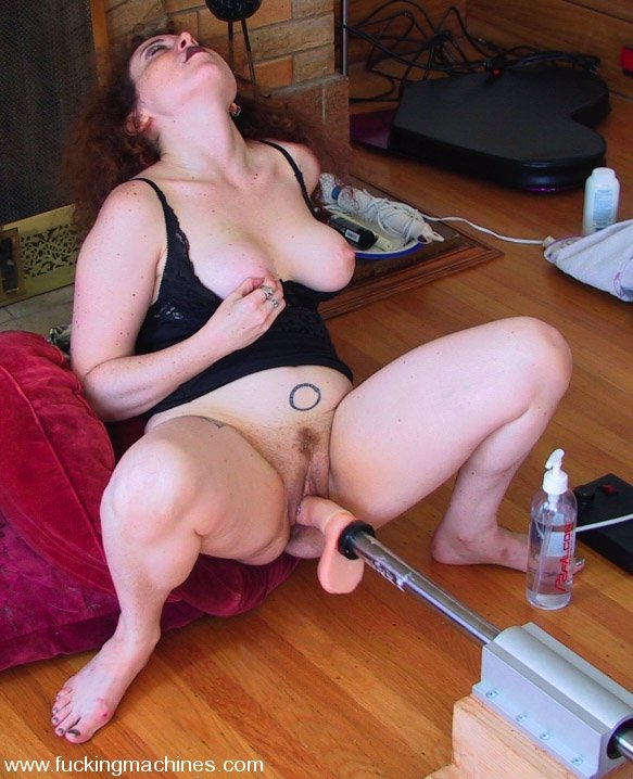 Amateur Matures Trying Out A Sex Machine
