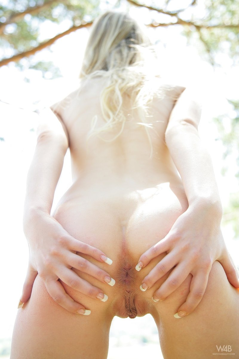 new sexy naked girl add photo