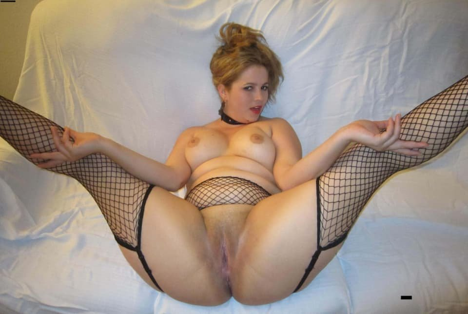 Emanuelle reccomended Wifes incredible masturbating