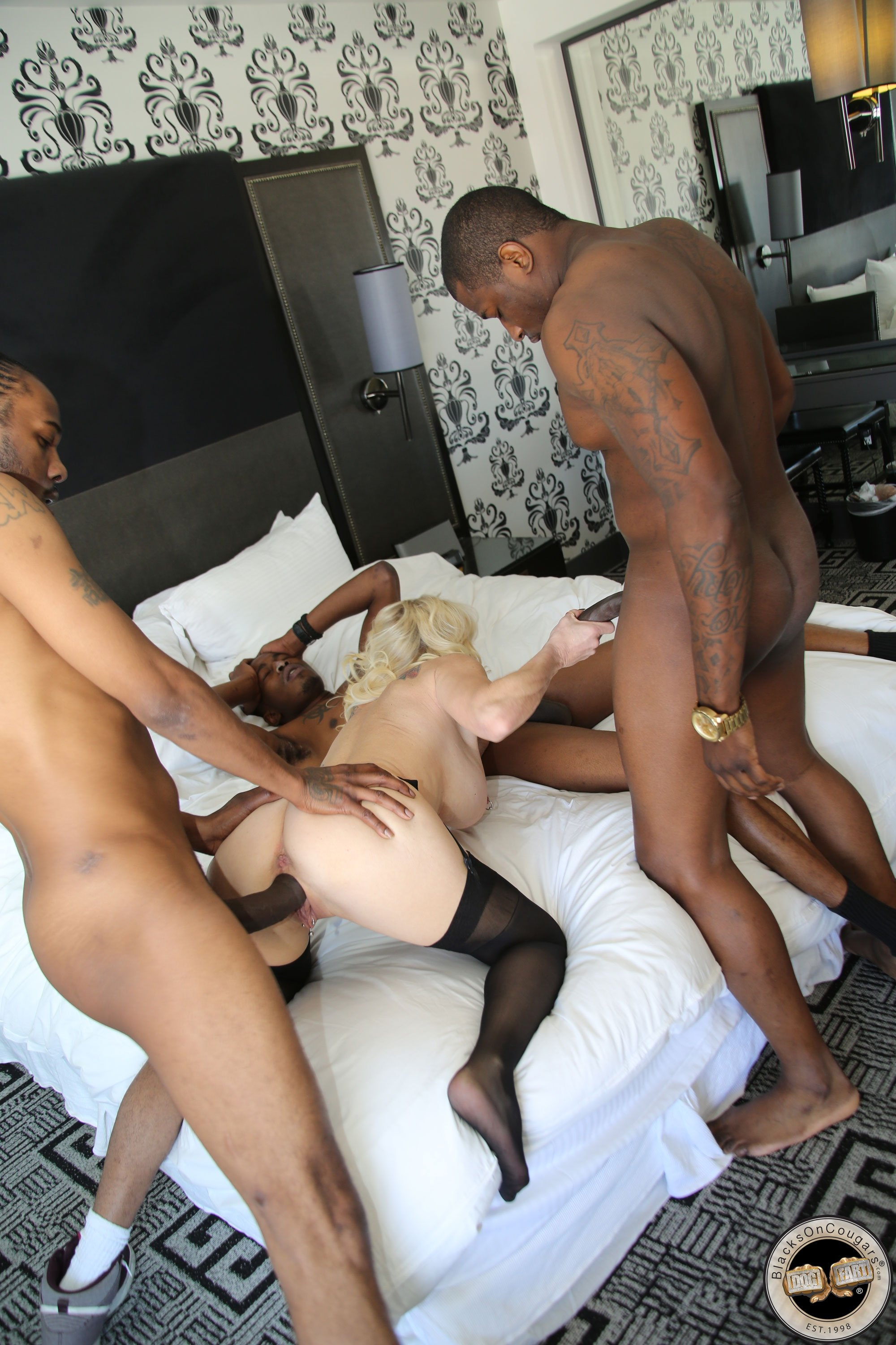 Wife does interracial video cuckold mature hd