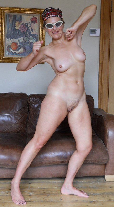 Thin blonde mom amateur