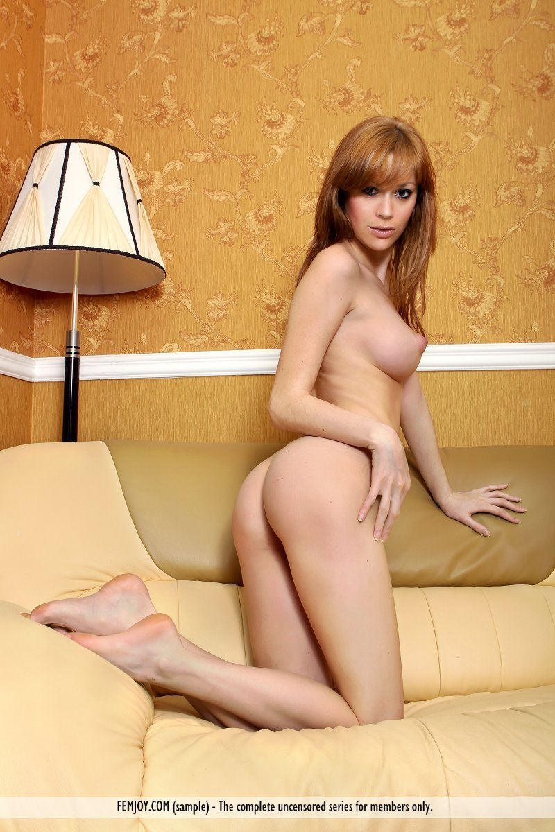 Forcing husband to suck cock in gangbang cerita seks orgy